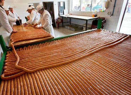 world's longest sausage