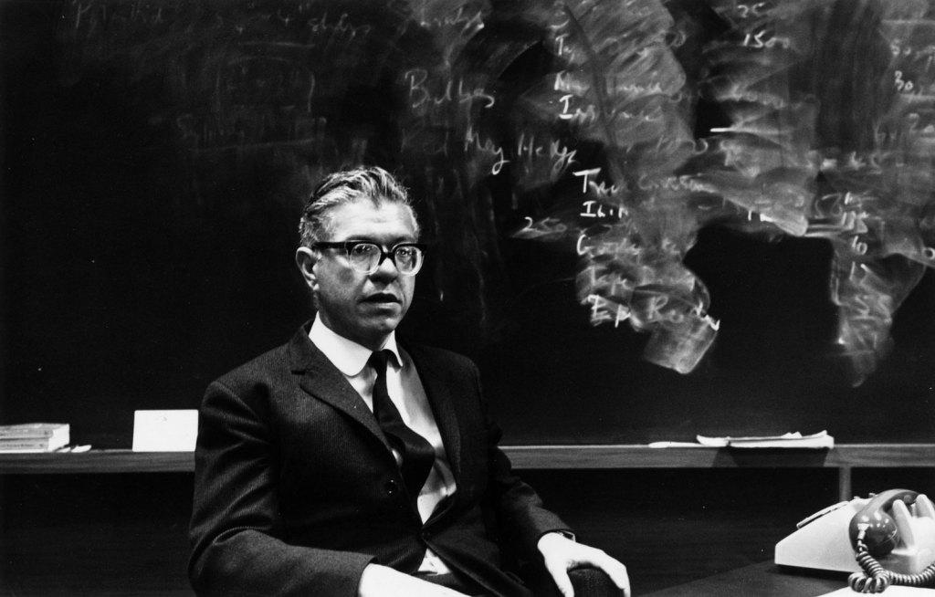 Frank Hoyle