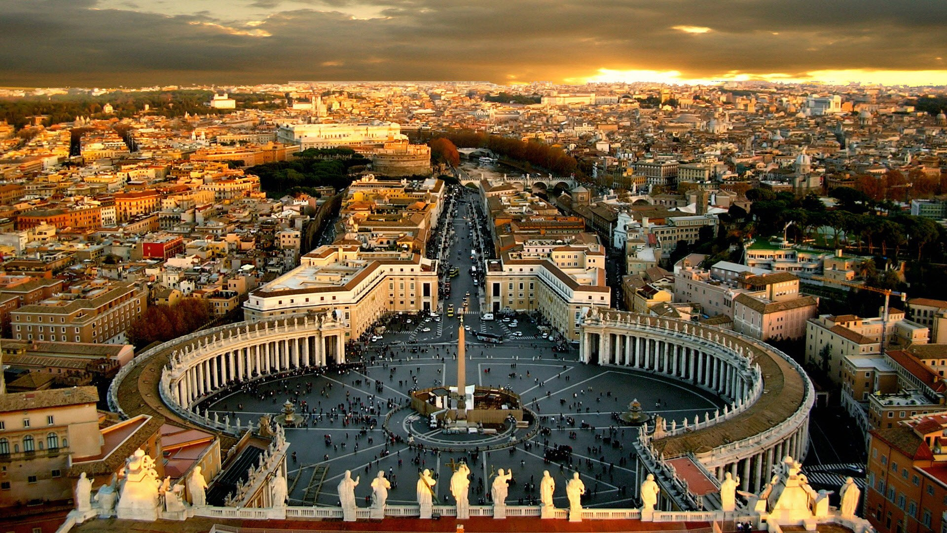 Vatican City Is Not A Part Of Italy It The Smallest Country In World And Encircled By 2 Mile Border With