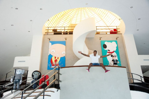 Pharrell Williams' Brian & Stewie Canvases